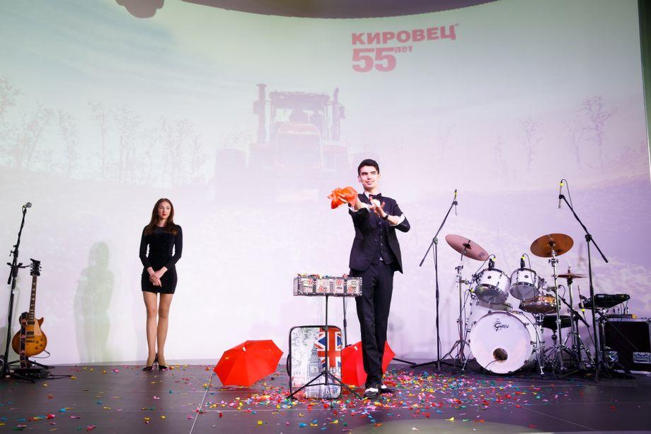 Роман Шуроле - Иллюзионист Фокусник  - Санкт-Петербург - Санкт-Петербург photo