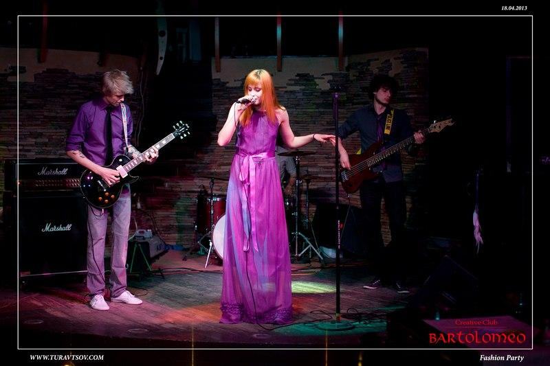 TOIA - Музыкальная группа Певец  - Днепр - Днепропетровская область photo
