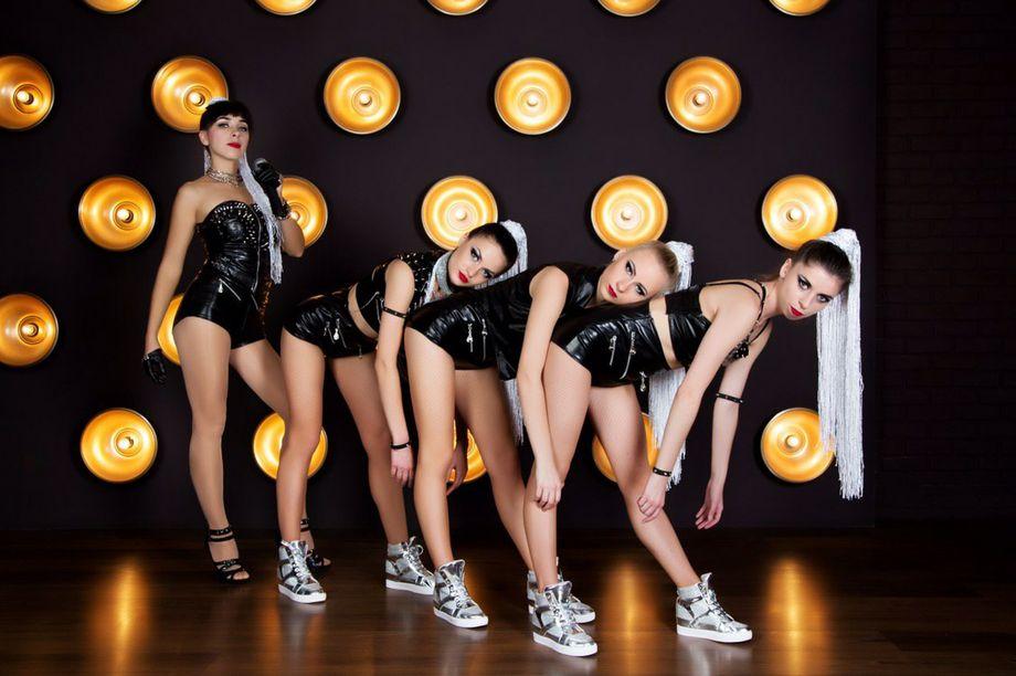 Show_ballet_s - Танцор Оригинальный жанр или шоу  - Киев - Киевская область photo