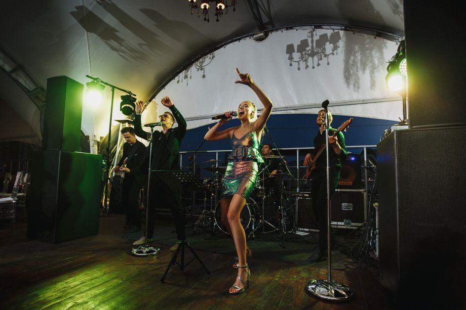 Кавер группа WHAT'S UP - Музыкальная группа Певец  - Москва - Московская область photo