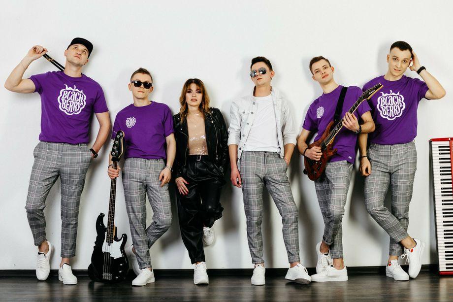 BlackBerry Band - Музыкальная группа Ансамбль Певец  - Днепр - Днепропетровская область photo