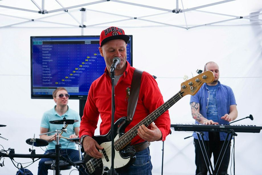 Музыкальный коллектив Атмоsфера - Музыкальная группа Певец  - Москва - Московская область photo