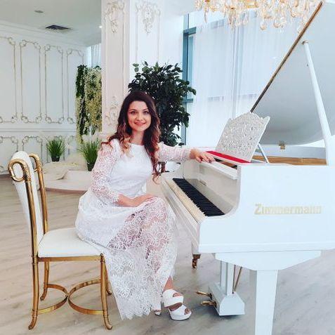 Закажите выступление Aleksandra на свое мероприятие в Харьков