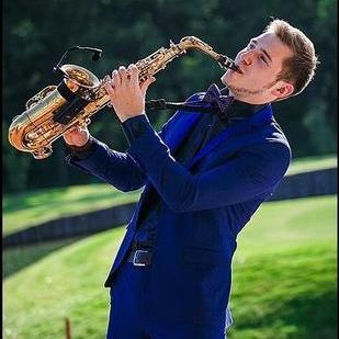 Закажите выступление Саксофонист европейского уровня Vadim DROZDOVSKYI на свое мероприятие в Киев
