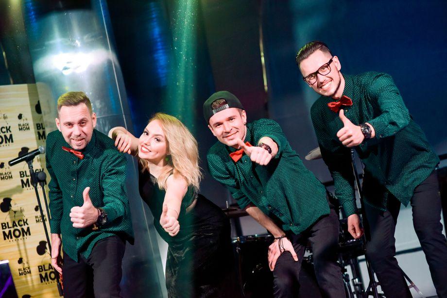 O X Y G E N - Музыкальная группа Певец  - Киев - Киевская область photo