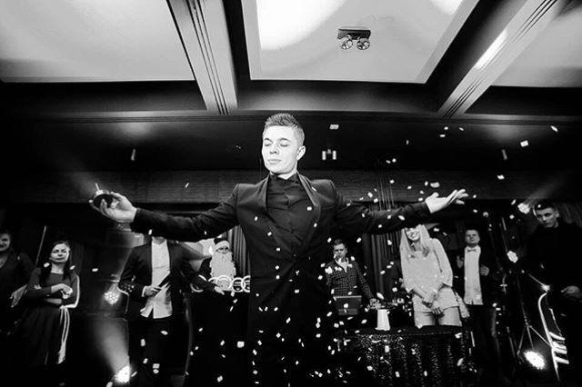 Михаил Митин - Stand Up Magic Show - Ведущий или тамада Иллюзионист Фокусник  - Киев - Киевская область photo