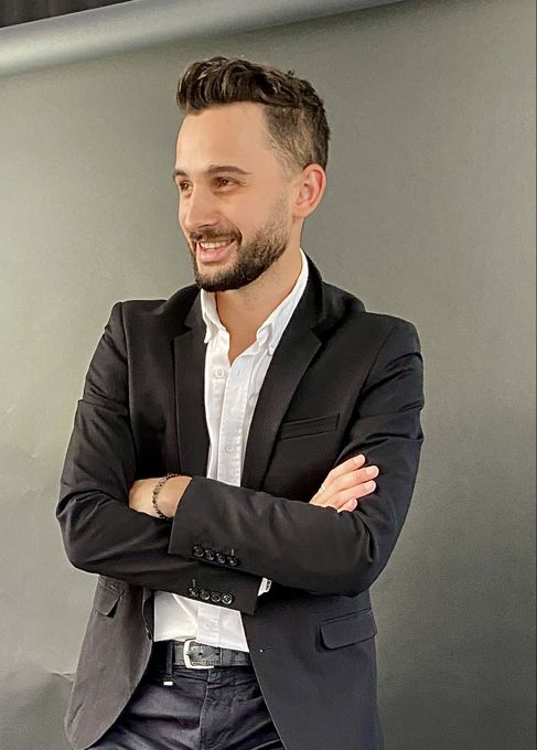 Михаил Никицкий - Ведущий или тамада Певец  - Киев - Киевская область photo