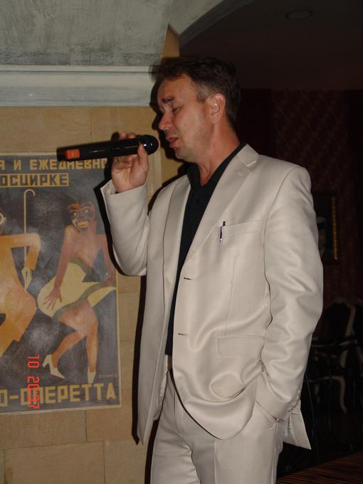 Роман Касимов - Ведущий или тамада Певец  - Москва - Московская область photo