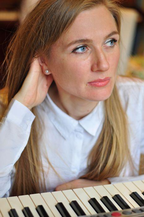 Закажите выступление Елена Нижних на свое мероприятие в Санкт-Петербург