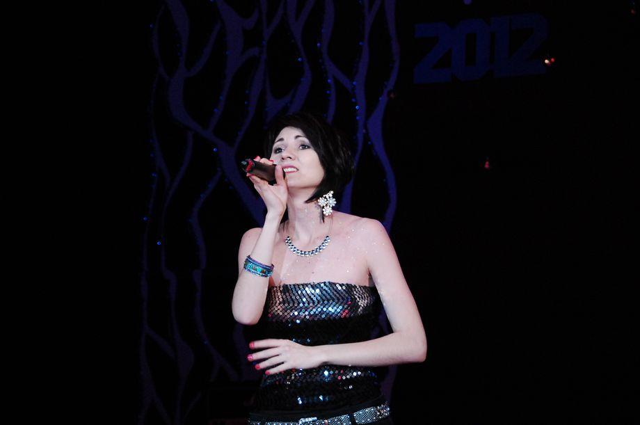 Ирина Саяхова - Ведущий или тамада Певец  - Санкт-Петербург - Санкт-Петербург photo