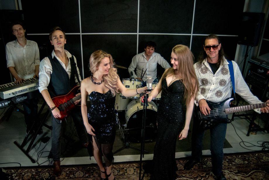 MusicPRO - Ведущий или тамада Музыкальная группа Ансамбль  - Москва - Московская область photo