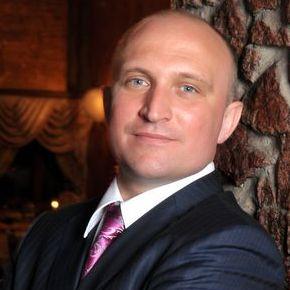 Закажите выступление ведущий тамада на свое мероприятие в Киев