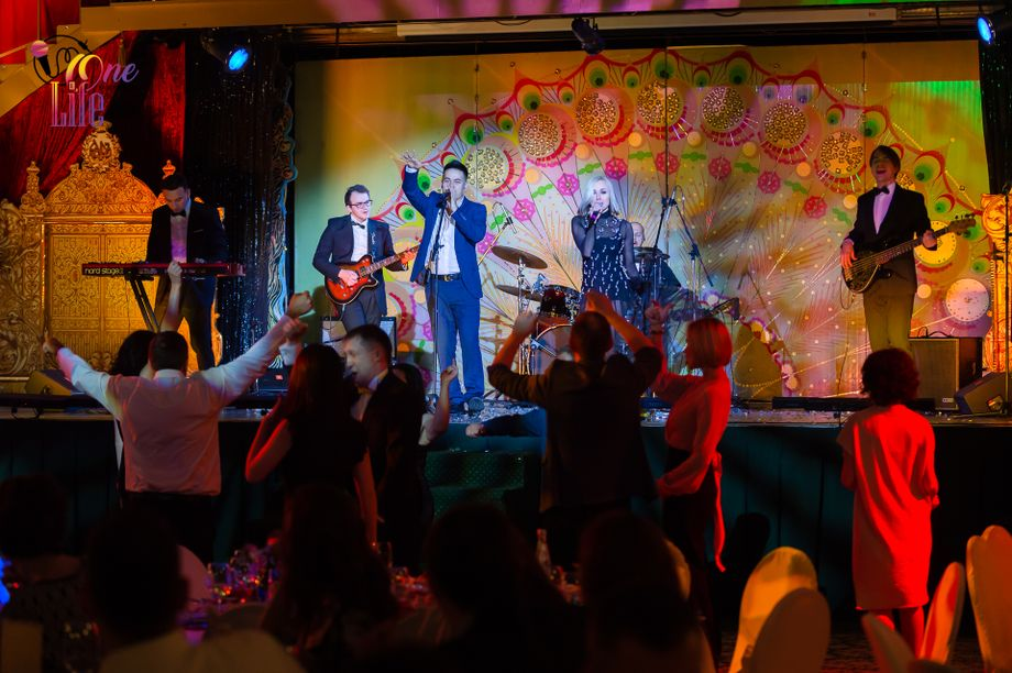 """Кавер-группа """"ONE LIFE"""" - Музыкальная группа Певец  - Москва - Московская область photo"""