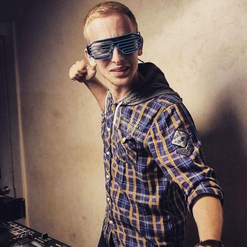 DJ Lucky - Ди-джей , Львов,  Поп ди-джей, Львов Свадебный Ди-джей, Львов Lounge Ди-джей, Львов House Ди-джей, Львов