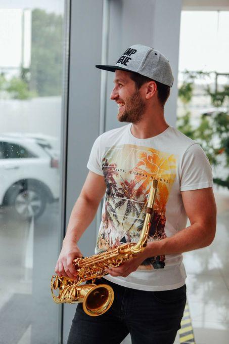 Саксофонист AlexMusic - Музыкант-инструменталист  - Киев - Киевская область photo