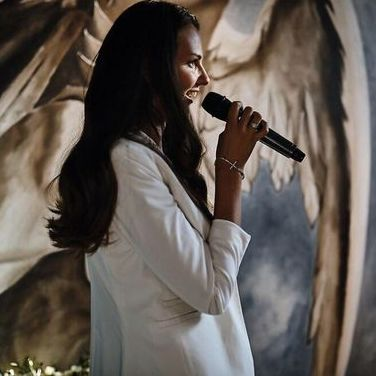 Закажите выступление KOSAYA LYUDMILA на свое мероприятие в Одесса