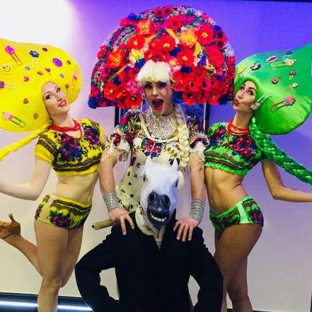 Закажите выступление Театр пародий Олега Дерлюка на свое мероприятие в Киев