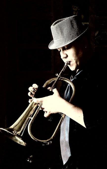 Богдан Татков - Музыкант-инструменталист Певец  - Киев - Киевская область photo