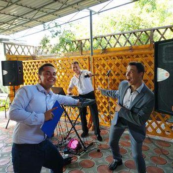 """Закажите выступление Дуэт ведущих """"Давай Сначала"""" на свое мероприятие в Полтава"""