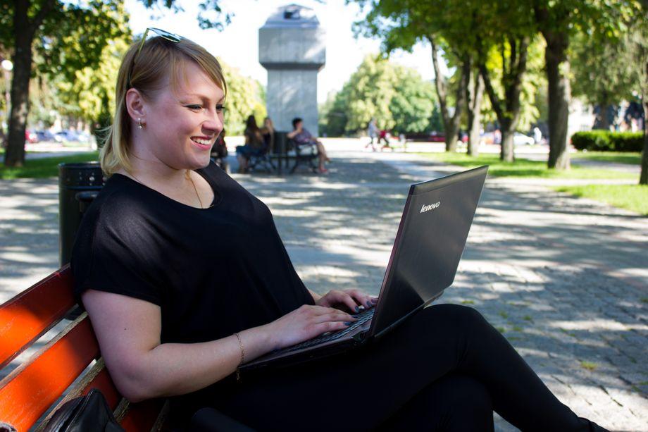 Алиса Гладкая - Ведущий или тамада Организация праздничного банкета  - Кременчуг - Полтавская область photo