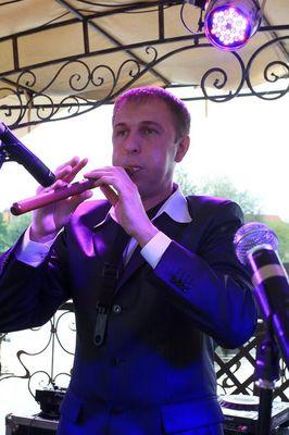 Alexduduk  - Музыкант-инструменталист Оригинальный жанр или шоу  - Киев - Киевская область photo
