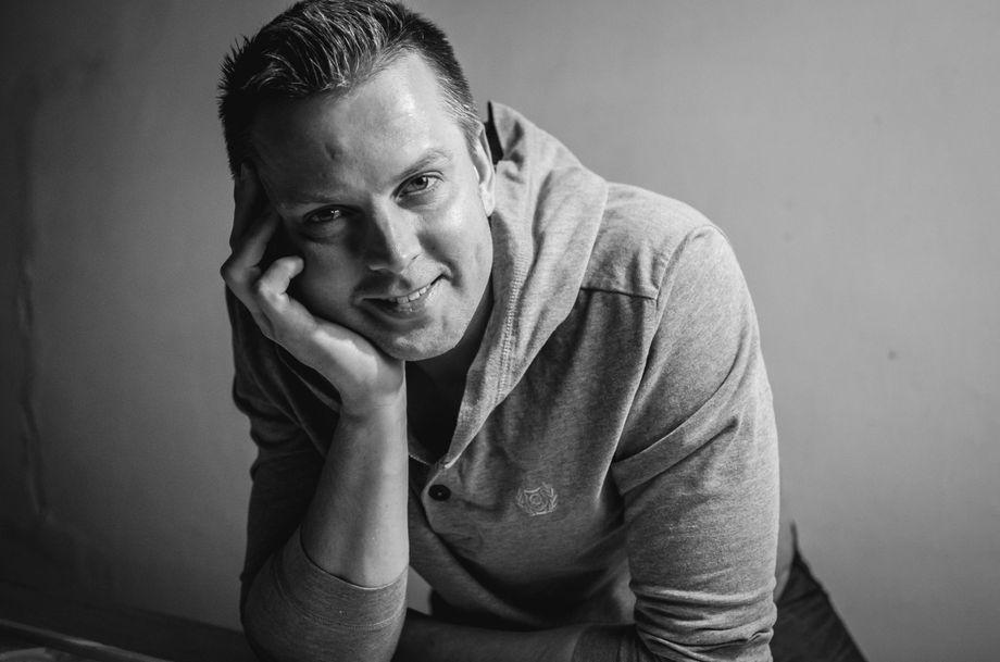Александр Покатилов - Ведущий или тамада Певец Прокат звука и света  - Киев - Киевская область photo