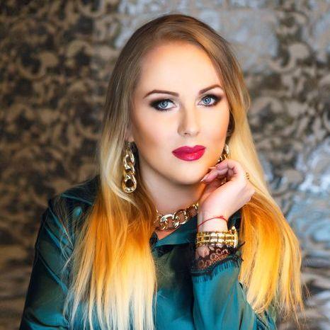 Вікторія Тютюнова - Ведущий или тамада , Винница,  Свадебный ведуший Тамада, Винница