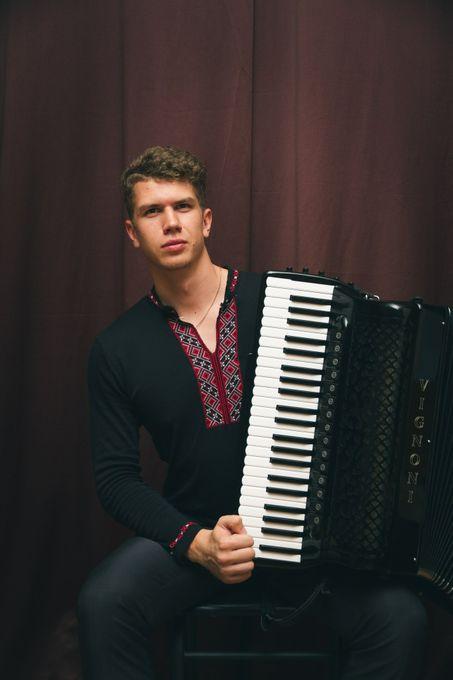 Pavlo Khadkevych - Музыкант-инструменталист  - Киев - Киевская область photo
