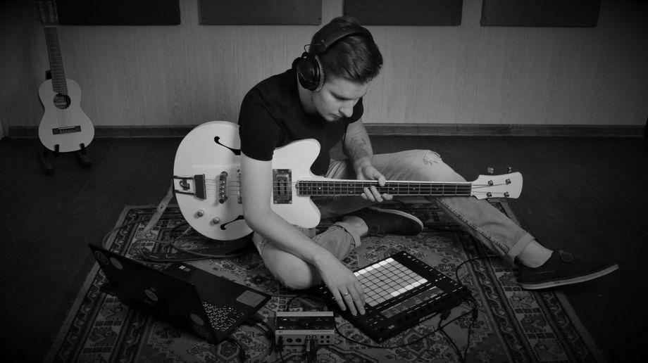 DJ+Sax - Музыкант-инструменталист Ди-джей  - Киев - Киевская область photo