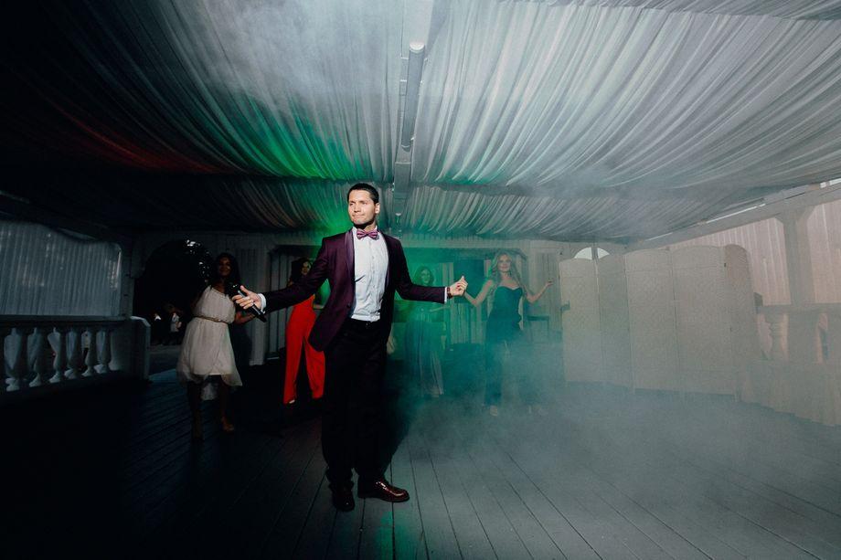 Виталий Хозяинов - Ведущий или тамада Прокат звука и света  - Москва - Московская область photo