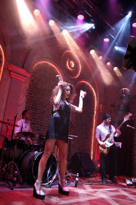 Party4 - Музыкальная группа Ансамбль Певец  - Киев - Киевская область photo