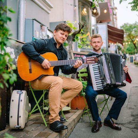 """Закажите выступление Инструментальный дуэт """"Black Vest"""" аккордеон + гитара на свое мероприятие в Киев"""