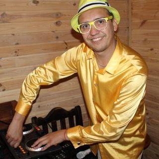 Закажите выступление DJ.Zolotoy на свое мероприятие в Киев