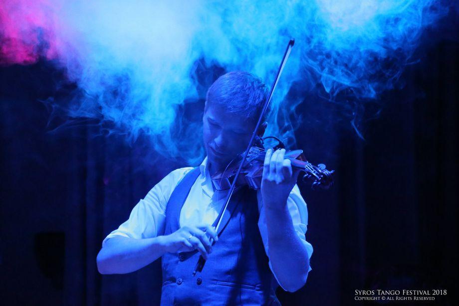 DEEP VIOLIN by Anton Semke - Музыкант-инструменталист Ди-джей  - Москва - Московская область photo