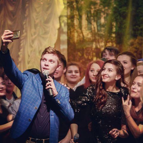 Закажите выступление Макс на свое мероприятие в Днепропетровск
