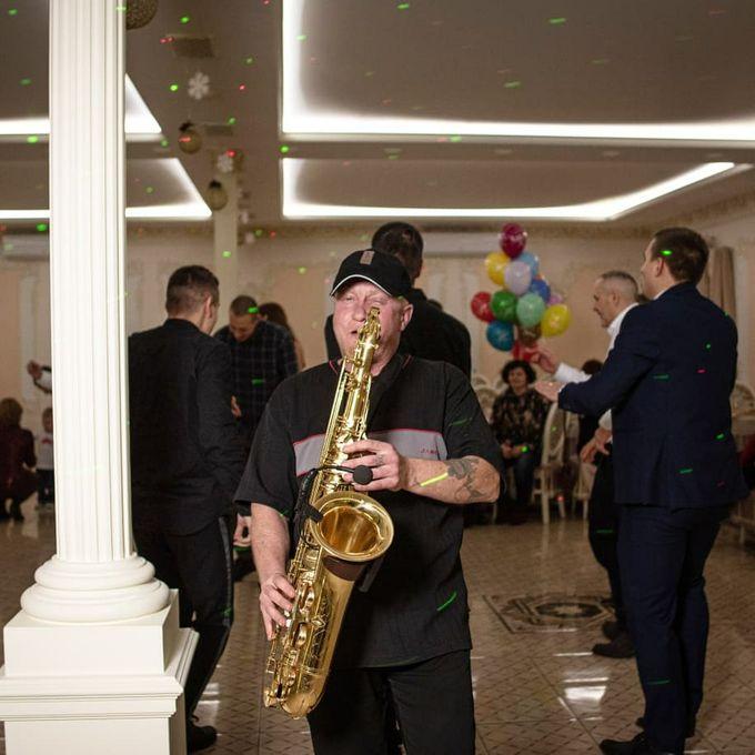 Саксофонист - Ансамбль Музыкант-инструменталист Певец  - Буча - Киевская область photo