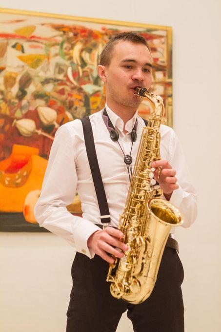 Тарас Богонис - Музыкант-инструменталист  - Киев - Киевская область photo