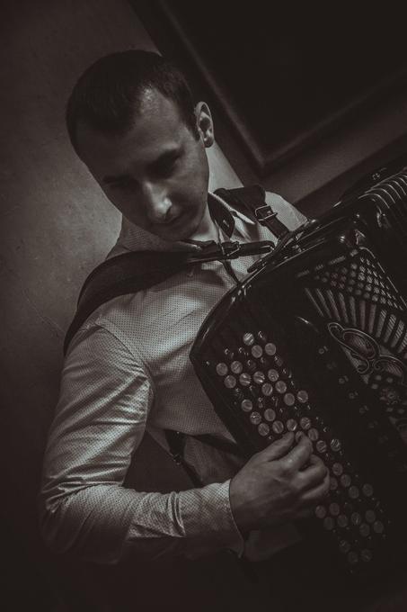 Ярослав - Музыкант-инструменталист  - Киев - Киевская область photo