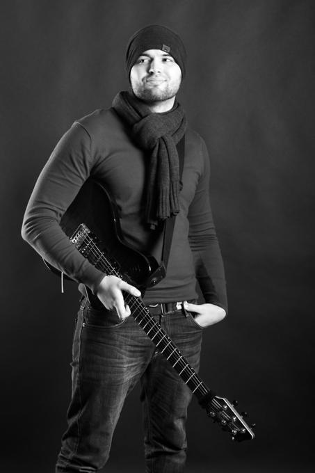Alex - Музыкант-инструменталист  - Киев - Киевская область photo