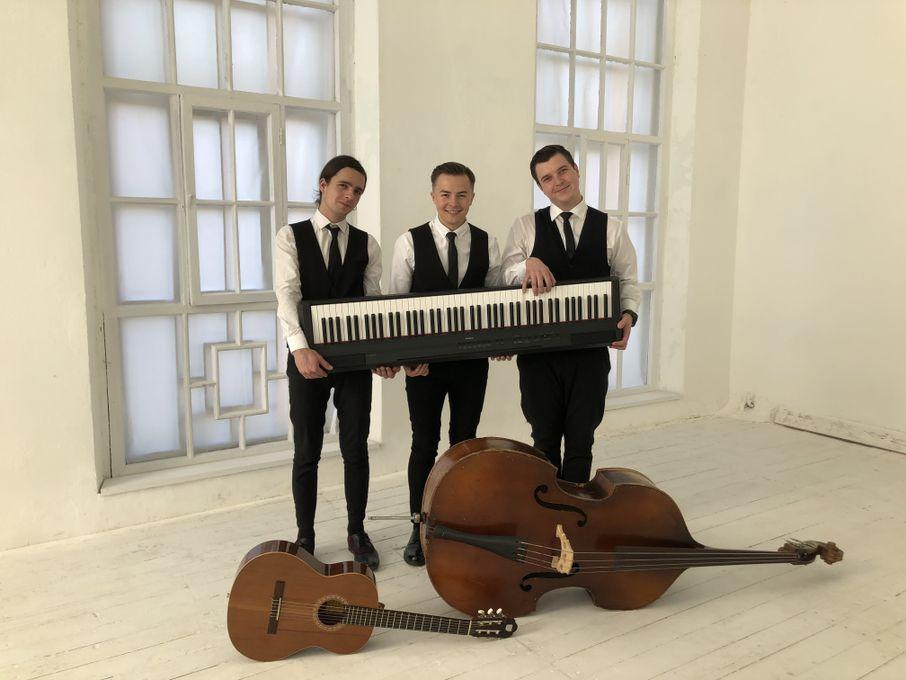 De Guns trio - Ансамбль Музыкант-инструменталист  - Киев - Киевская область photo