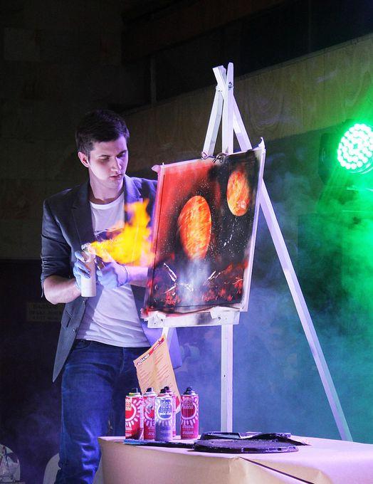 Spray Art Show Николая Хоменко - Фокусник  - Киев - Киевская область photo