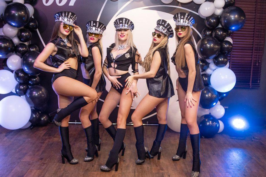LA ROUGE - Танцор Оригинальный жанр или шоу  - Киев - Киевская область photo