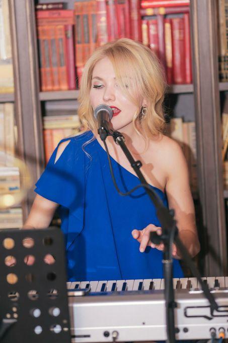 Emilia - Музыкальная группа Певец  - Львов - Львовская область photo