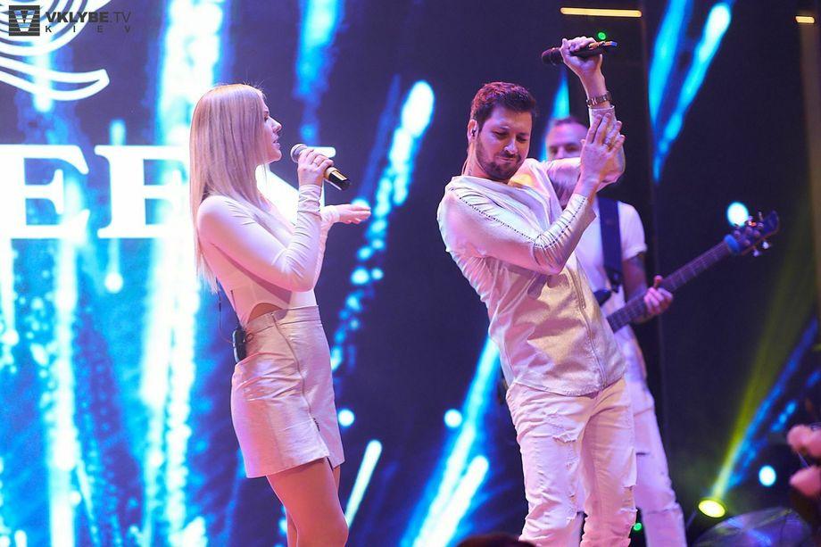 STAR-BAND - Музыкальная группа Ансамбль Певец  - Киев - Киевская область photo