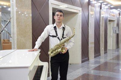 Jemil - Музыкант-инструменталист Ансамбль Ди-джей  - Киев - Киевская область photo