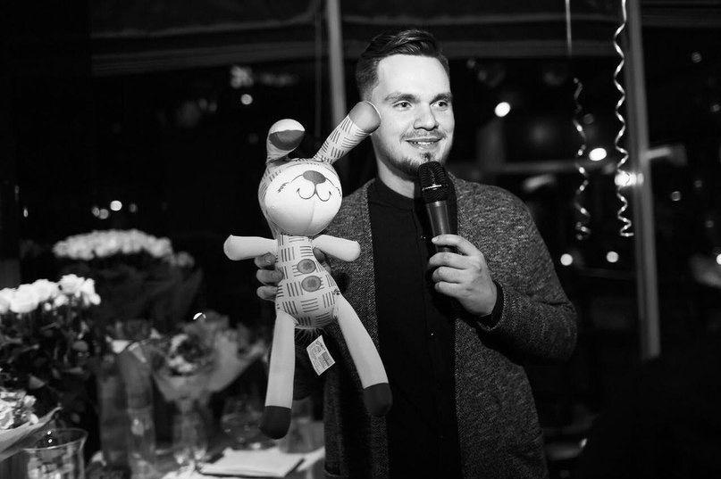 Ведущий Виталик Павлов и DJ Boychenko - Ведущий или тамада Ди-джей Прокат звука и света Организация праздников под ключ  - Киев - Киевская область photo