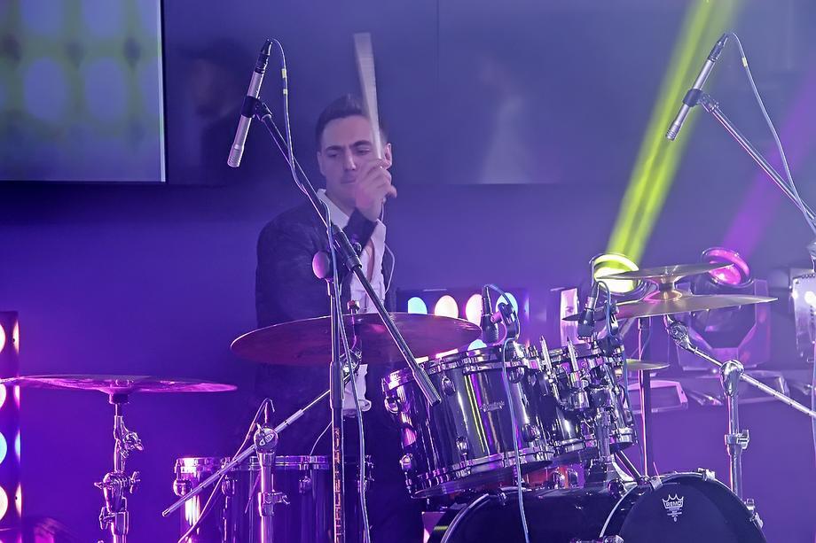 F.L.I.R.T. - Музыкальная группа Музыкант-инструменталист Ансамбль Певец  - Киев - Киевская область photo