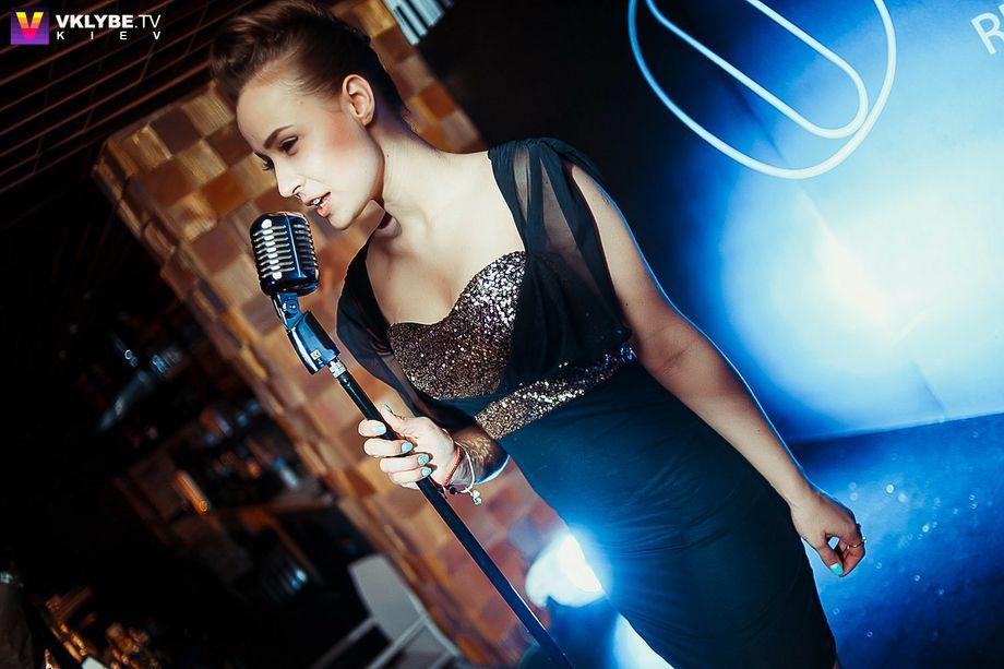 Инесса Грицаенко - Ансамбль Певец  - Киев - Киевская область photo