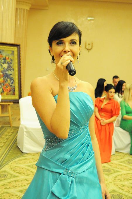 Нелли Нечаева - Ведущий или тамада Певец  - Одесса - Одесская область photo