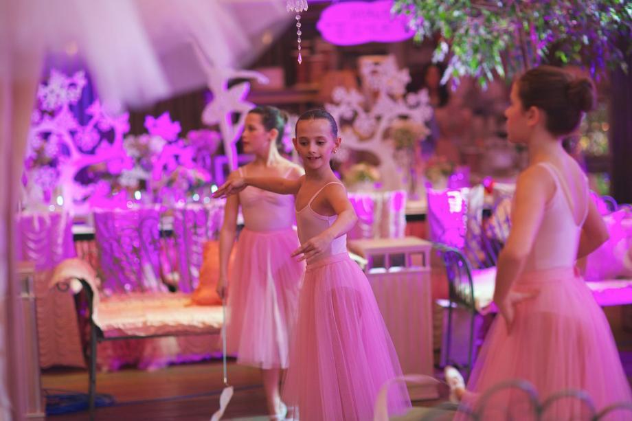 Классический балет  - Танцор Оригинальный жанр или шоу  - Москва - Московская область photo